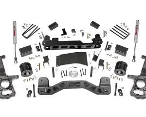 Ford F150 Suspension Lift Kit (15-18 F150 4WD) | Rough Country 555.22 4''
